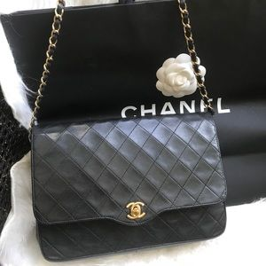 Authentic CHANEL Lambskin Black CC bag
